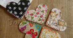 Feitos Perfeitos Lembrancinhas: MARCADORES DE LIVRO CORAÇÃO Scrap Fabric Projects, Small Sewing Projects, Sewing Projects For Beginners, Fabric Scraps, Sewing Tutorials, Sewing Crafts, Sewing Patterns, Felt Bookmark, Bookmark Craft