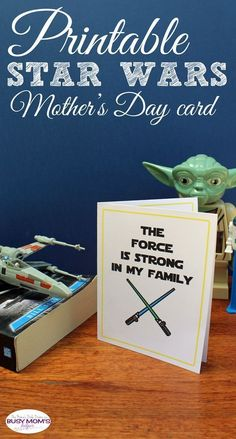 Printable Star Wars Mother's Day Card – Busy Mom's Helper - TechUve Photos Diy Mother's Day Crafts, Mother's Day Diy, Paper Crafts, Holiday Crafts, Printable Star, Gift Tags Printable, Free Printables, Mothers Day Crafts For Kids, Mothers Day Cards