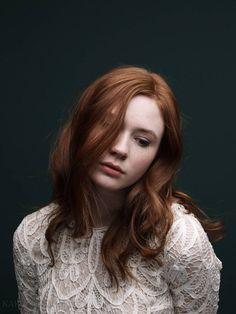 Karen Gillan - Natural look - Imgur