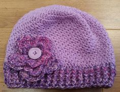 pretty beanie using the up and down stitch (sc and dc repeated)