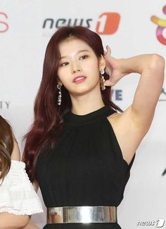Sexy Asian Girls, Beautiful Asian Girls, Kpop Girl Groups, Kpop Girls, Korean Beauty, Asian Beauty, Sana Cute, Sana Momo, Sana Minatozaki