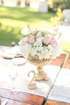 blush + gold centerpiece | Amalie Orrange