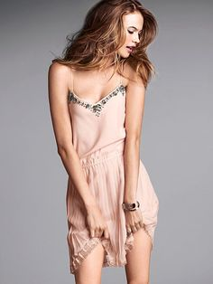 Embellished Sexy Pleat Dress For more fashion and wedding inspiration visit www.finditforweddings.com Cocktail dress blush