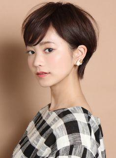 ☆スタイリング簡単☆大人耳掛けショート(髪型ショートヘア)