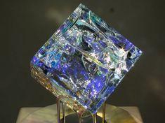 Artist Creates Stunning Glass Sculptures Using Fibonacci Ratios