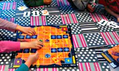 Esi- ja alkuopetusta sekä sen kehittämistä käsittelevä blogi. Picnic Blanket, Outdoor Blanket, Playing Cards, Cards, Game Cards, Picnic Quilt, Playing Card