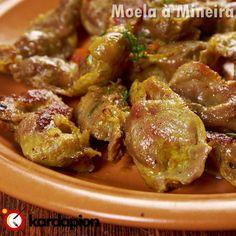 Sugestão: Moela à Mineira www.kardapion.com/comer-moela-a-mineira #comer #moelaAMineira Portuguese Food, Portuguese Recipes, Brazilian Recipes, Turkey Gravy, Spanish Food, Chicken Wings, Carne, Food And Drink, Meat