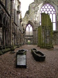 Ruins of Holyrood Abbey, Scotland, adjacent to Holyrood House, the home of Mary, Queen of Scots and Queen Elizaabeth II when in Edinburgh