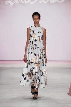 Lela Rose Spring 2016 Ready-to-Wear Collection Photos - Vogue http://www.vogue.com/fashion-shows/spring-2016-ready-to-wear/lela-rose/slideshow/collection#13