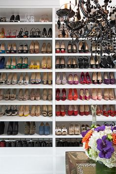 {wishlist features for closet - ample shoe storage & all those shoes} modern closet by Lisa Adams, LA Closet Design Le Closet, Master Closet, Walk In Closet, Closet Space, Master Bedroom, Closet Wall, Rich Girl Bedroom, Closet Rooms, Dorm Closet