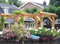 Google Afbeeldingen resultaat voor http://www.vanaarlehoutbedrijf.nl/eiken-en-douglas-constructiehout/pergola-van-eiken-constructiehout.jpg