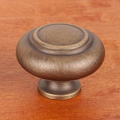 This antique english finish cabinet knob with large double ringed design from RK International is a perfect blend of craftsmanship in traditional and contemporary design to complement any decor.