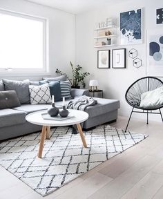 The beautiful living room of @enkontrast 👈🏻 Tablo coffee table and Wire plant pot are all available to order online 💫  .  #livingroom #livingroomdecor #nordichome #nordicinspiration