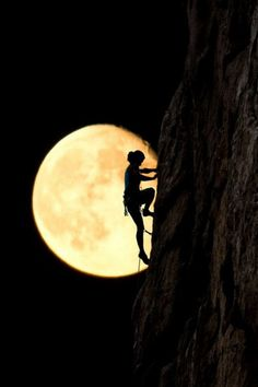 Only in the darkness can you see the stars - Martin Luther King Jr. Image -Moon Climber By Alex Brylov Climbing Girl, Ice Climbing, Mountain Climbing, Stars Night, Silhouettes, Shoot The Moon, Moon Pictures, Beautiful Moon, Parkour