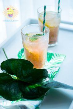 Lemoniada rabarbarowa II - DusiowaKuchnia.pl Hurricane Glass, Drinks, Tableware, Food, Drinking, Beverages, Dinnerware, Lantern, Tablewares