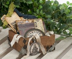 Travel Box by Michelle for 7gypsies - #gypsy travels