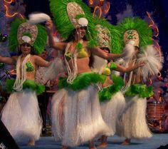 hawai+dancing | Beautiful Hawaiian Hula Dancers