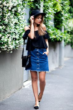 off the shoulders blouse with buttoned jean skirt