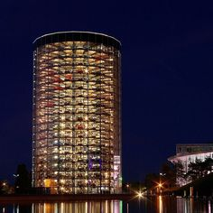 One of the prime attraction at the Autostadt is the gleaming car parking tower of glass and galvanized steel where cars are automatically moved from the Wolfsburg plant and on to the customer centre where they are collected by their owners.
