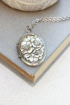 Silver Locket Necklace Antique Silver Floral Locket Pendant Vintage Style Photo Locket Keepsake Jewellery Dogwood Flowers Long Chain