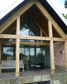 verbouwde boerderij - Google zoeken Barn Conversion Exterior, Barn House Conversion, Beautiful Architecture, Architecture Details, Smart Home Design, Barn Renovation, Porche, Modern Barn, House Extensions
