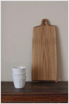 Yoko and Masaaki Hamada (Wooden cutting board by Ryoji Matsumoto)