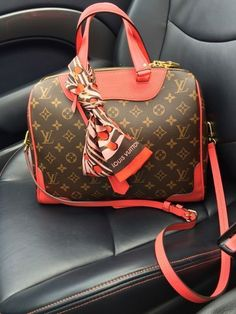 Fashion Designers Louis Vuitton Outlet, Let The Fashion Dream With LV Handbags At A Discount! New Ideas For This Summer Inspire You, Time To Shop For Gifts, Louis Vuitton Bag Is Always The Best Choice, Get The Style You Love From Here. Popular Handbags, Cute Handbags, Purses And Handbags, Leather Handbags, Cheap Handbags, Large Handbags, Handbags Online, Prada Purses, Classic Handbags