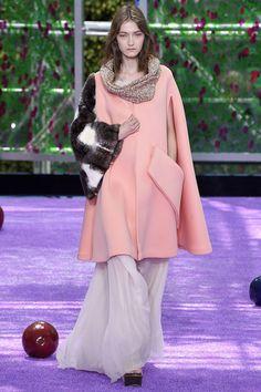 Coleção // Dior, Paris, Inverno 2016 HC // Foto 2 // Desfiles // FFW
