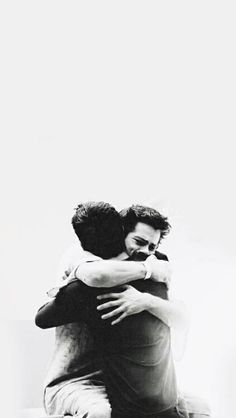 wallpapers Teen Wolf - Scott and Stiles Teen Wolf Scott, Teen Wolf Stiles, Scott Y Stiles, Teen Wolf Boys, Teen Wolf Dylan, Teen Wolf Art, Teen Wolf Stydia, Teen Wolf Tumblr, Teen Wolf Quotes