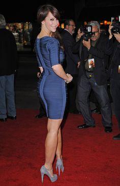 Jennifer Love Hewitt booty in a blue body con dress and high heels