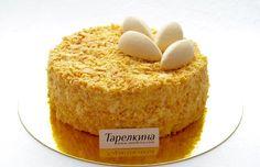 Самый удачный рецепт Наполеона, который мне довелось готовить. Коржи получаются слоеными и нежными, в сочетании с ванильным кремом - тот самый домашний Наполеон!