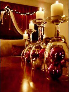 Top 250 Christmas Table Decorating Ideas on Pinterest @styleestate