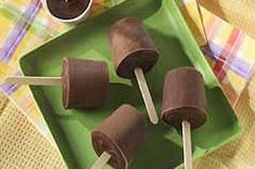JELL-O Homemade Pudding Pops recipe from www.kraftrecipes.com (can be made with any flavor instant pudding mix)