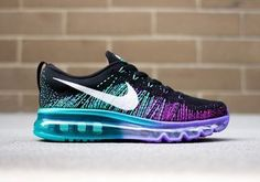 Nike Women's Flyknit Air Max – Black – White – purple venom '