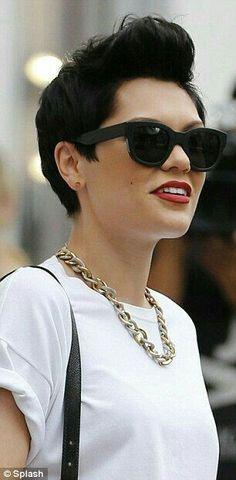 Who doesnt love Jessie J?