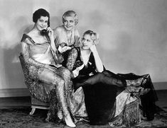Patsy Ruth Miller, Laura La Plante & Esther Ralston, Lonely Wives, 1931 (costume by Gwen Wakeling)