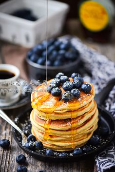 MULTI-GRAIN BLUEBERRY PANCAKES