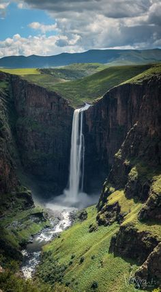 La cascade de Maletsunyane (Afrique du sud) 192 m de haut