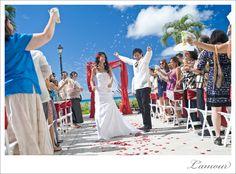 Oahu Wedding.  #hawaii #wedding  #photography #ceremony #bubbles