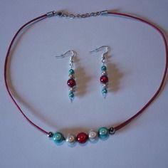 Parure : collier + boucles d'oreilles / perles nacrées / bleu blanc rouge