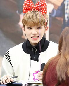 Woozi is so cute im actually crying (。ŏ﹏ŏ)