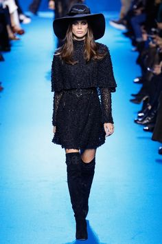 Elie Saab Fall 2016 Ready-to-Wear Fashion Show - Sara Sampaio