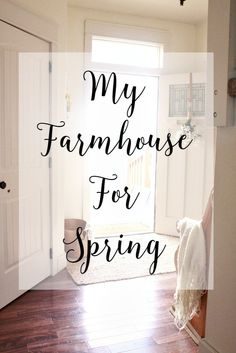 Farmhouse Spring Decor - My Spring Home Tour - Twelve On Main Farmhouse Chic, Farmhouse Design, Country Decor, Rustic Decor, Country Charm, Modern Decor, French Country, Porches, Home Decor Inspiration