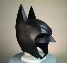 DIY Batman Arkham Knight Foam Armor CowlTutorial Kit - Includes Patterns, Tutorial Video, and Materials List Batman Comic Art, Batman Comics, Batman Robin, Armadura Do Batman, Batman Redesign, Batman Halloween, Batman Arkham Knight, Gotham Batman, Batman Suit