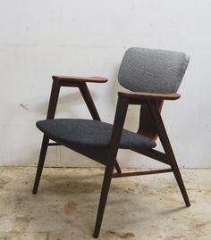 Dutch Design from the previous century: Cees Braakman; Easy Chair for Pastoe, 1950s. #greetingsfromnl