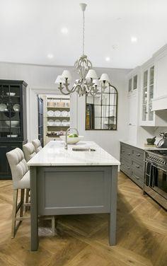 Shaker Kitchen, Kitchen Island, Home Decor, Island Kitchen, Decoration Home, Room Decor, Home Interior Design, Home Decoration, Interior Design