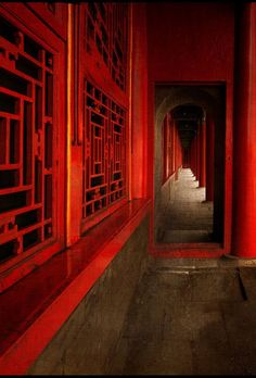Corridor in the Imperial Palace of the Forbidden City by Edwin Leung (China) #ancientarchitecture