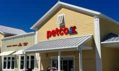 Petco Launches First PetCoach Store to Provide Pet Parents with Complete Pet Care Experiences