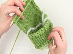 DROPS Knitting Tutorial: How to knit heel - standard decreases