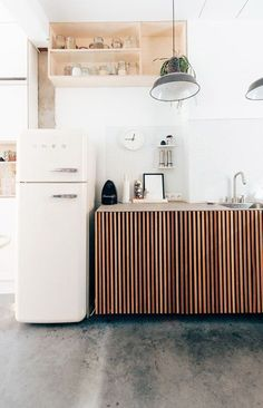 white smeg fridge / sfgirlbybay.